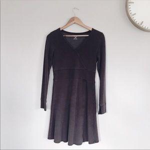 HOST PICK ✨Brown V-Neck Dress